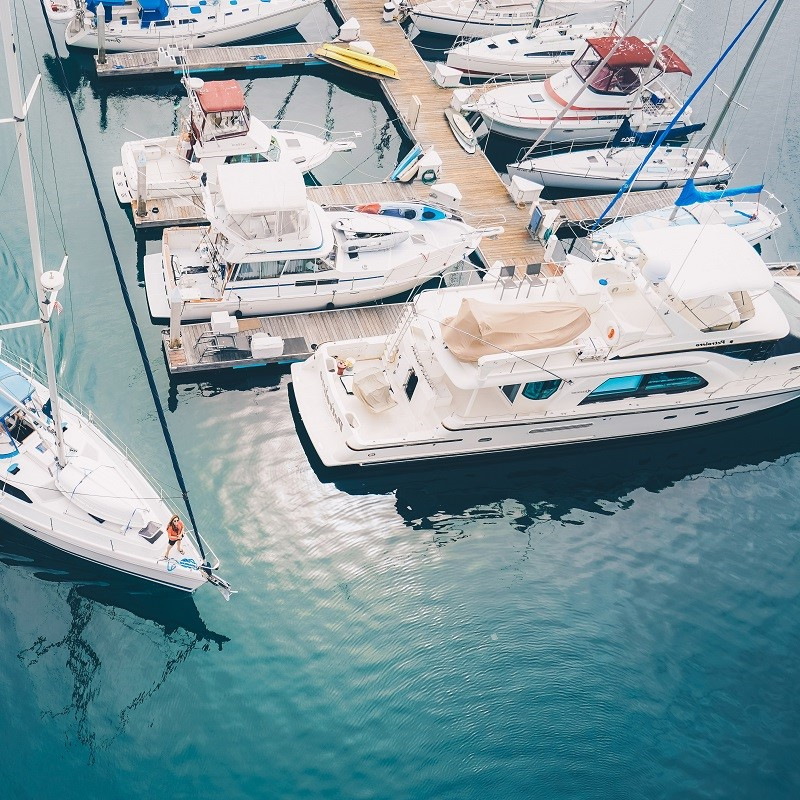 fishing boats theyachters